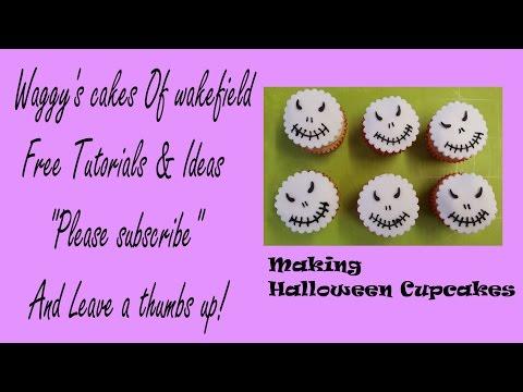 making Halloween cupcakes toppers Jack skellington style