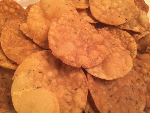 How to make papdi for chaat / Crispy Papdi   Recipe  हाउ तो मेड पपडी फॉर चाट / क्रिस्पी पापड़ी