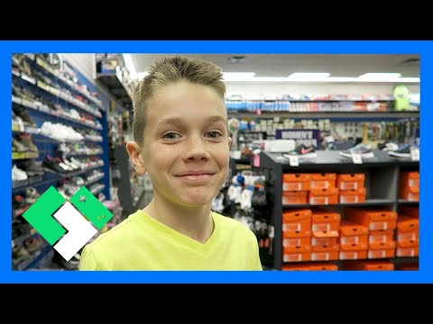 NEW BASKETBALL SHOES SHOPPING (Day 1432) | Clintus.tv