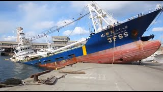 Ship Crash Compilation