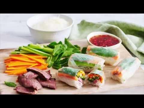 Sticky Chicken & Rice Paper Rolls