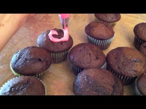 Baking with Aysia, box cake mix and buttercream