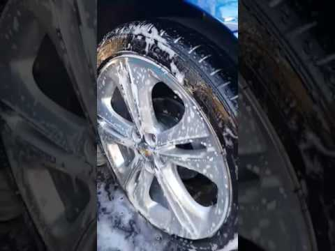 How to clean your rims and tires