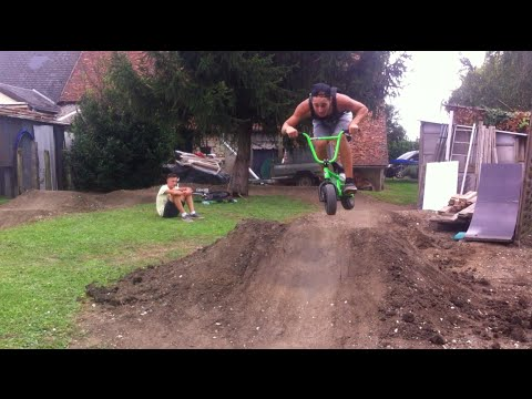 Mini BMX Freestyle pump-track - Chaney GUENNET