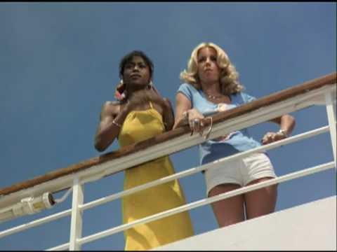 The Love Boat - Swinging Singles