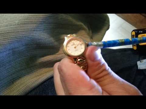 quick way to set time and date on a wristwatch
