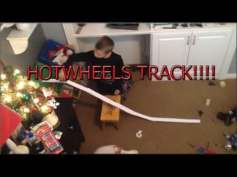 How to make a homemade hotwheels track