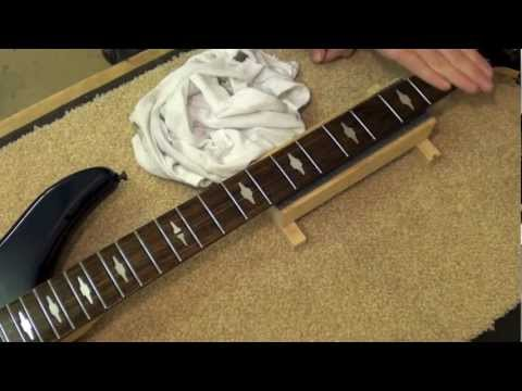 Bass String Change and Fretboard Clean