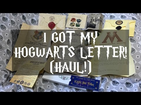 I GOT MY HOGWARTS LETTER! (Harry Potter HAUL!)