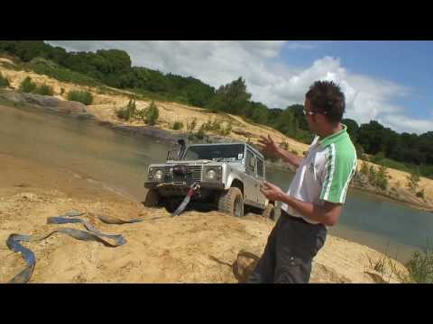 Snatch Recovery - How to drive off-road 4x4
