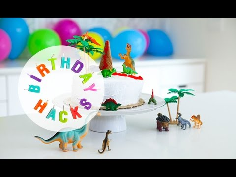 Dino Cake - Birthday Hacks