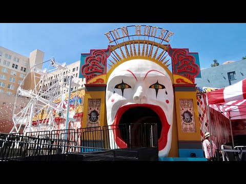 Xxx Mp4 IT Chapter 2 Experience Haunted House Amp Carnival Walk Thru Hollywood Pennywise Pop Up Attraction 3gp Sex
