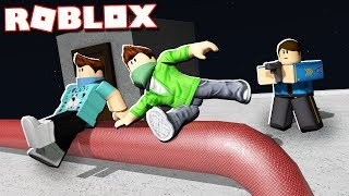 PARKOUR vs. SECURITY ESCAPE IN ROBLOX!