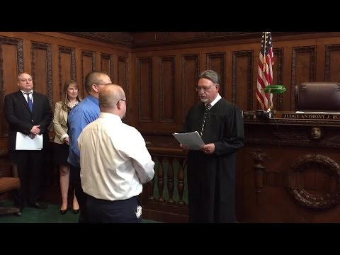 First same sex couple ceremony in Cuyahoga County
