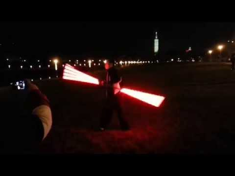 Great Double-bladed Lightsaber Spins (Darth Maul) 達斯魔雙刃光劍套路演示