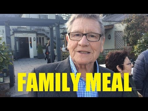 VLOG: Sunday Meal With All The Family