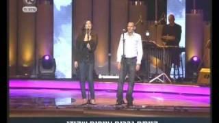 ישי לוי וקרן פלס - חורף 73 בכיכר רבין ביום הזיכרון 2011 !
