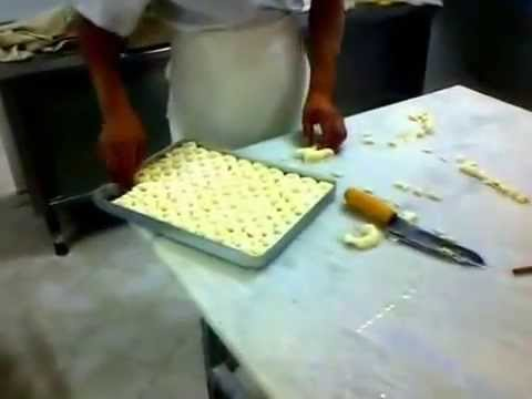 Baklava Recipe, How to Make Turkish Baklava.