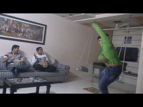 Funny dance on tabla by Yash Gondaliya