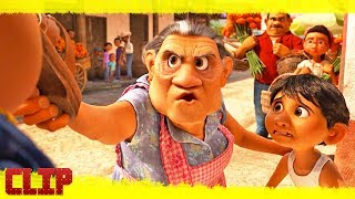 """Coco Clip Disney """"Plaza del Mariachi"""" Español Latino"""
