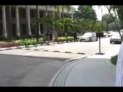 Pengamuk Samurai ditembak polis @ Jabatan Perdana Menteri, Putrajaya