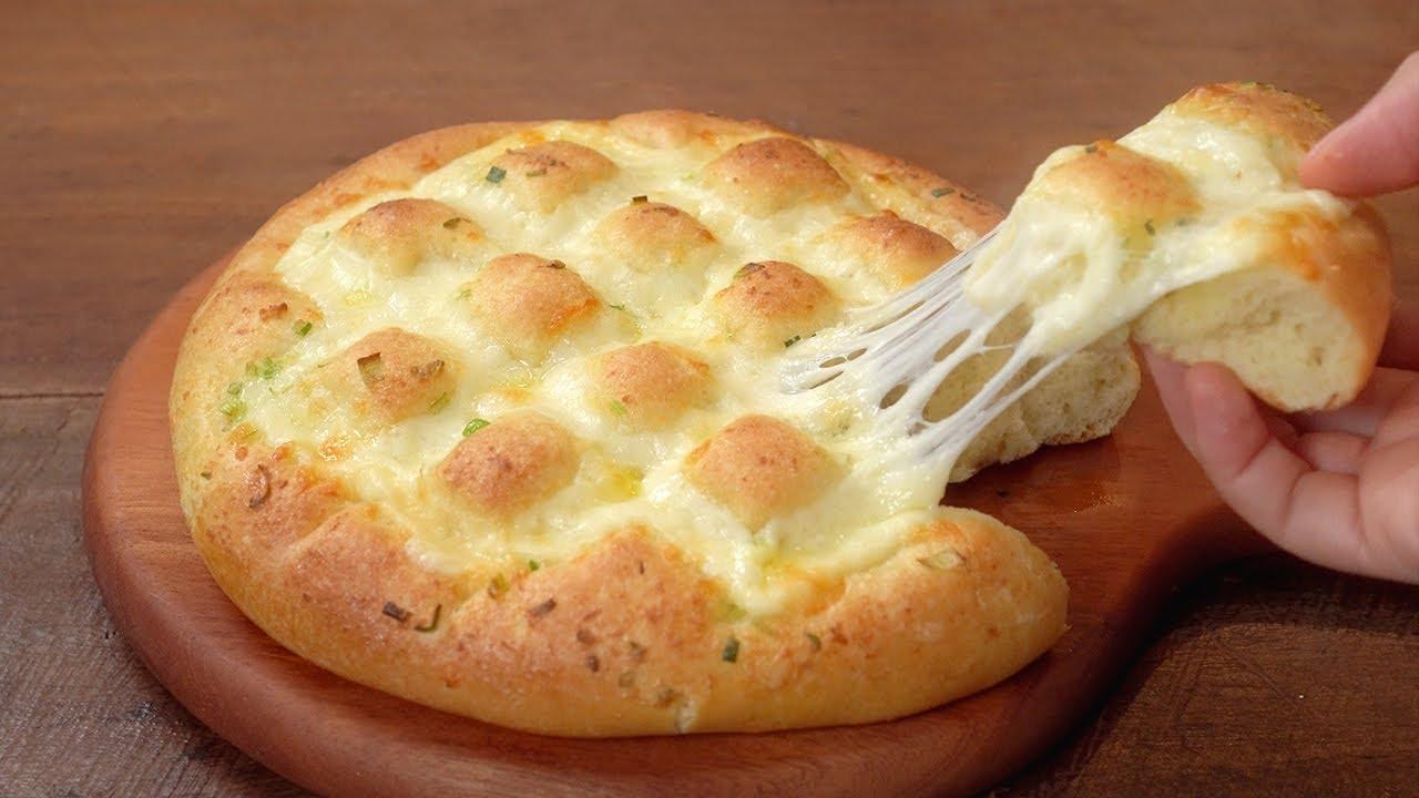 치즈 마늘빵 만들기 :: 빵은 폭신, 치즈는 쭉쭉 :: 맛있는 마늘빵소스 :: 대파마늘빵 :: Cheese Garlic Bread :: Fluffy and chewy