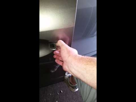 Replace exterior handle on 03-07 nissan murano