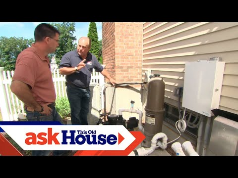 How to Heat a Swimming Pool with an Air Conditioner