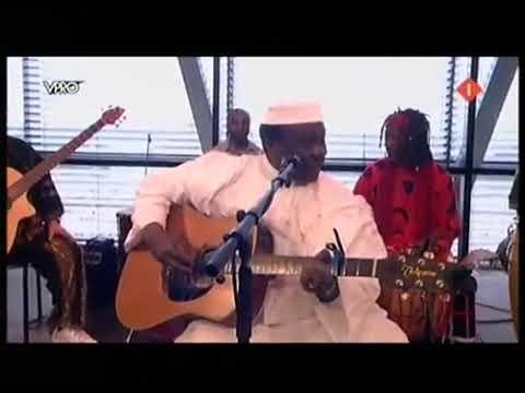 Mory Kanté - Moko (Live)