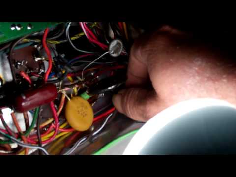 Checking testing electrolytic capacitors in vintage tube gear using audio