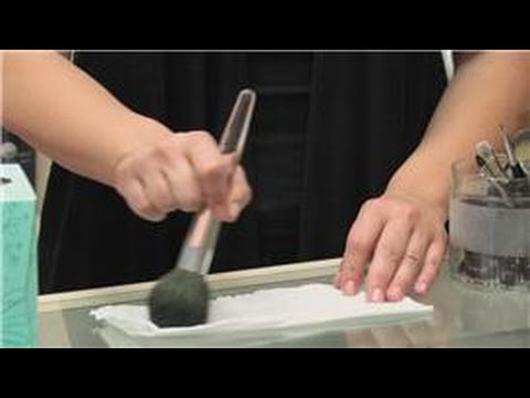 Aesthetician & Makeup Artist Tips : How to Clean Makeup Brushes With Alcohol