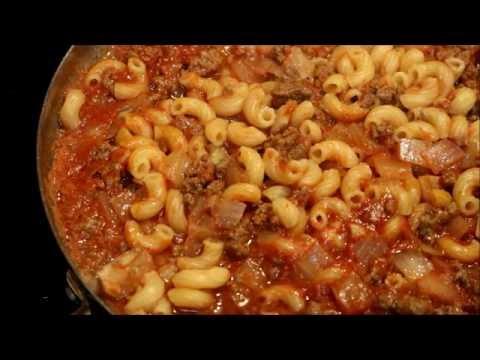Aunt Duddie Makes Farm Journals Beef Macaroni Skillet