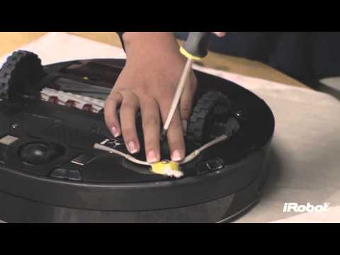 iRobot Roomba® 800 Series - How To Clean Side Brush