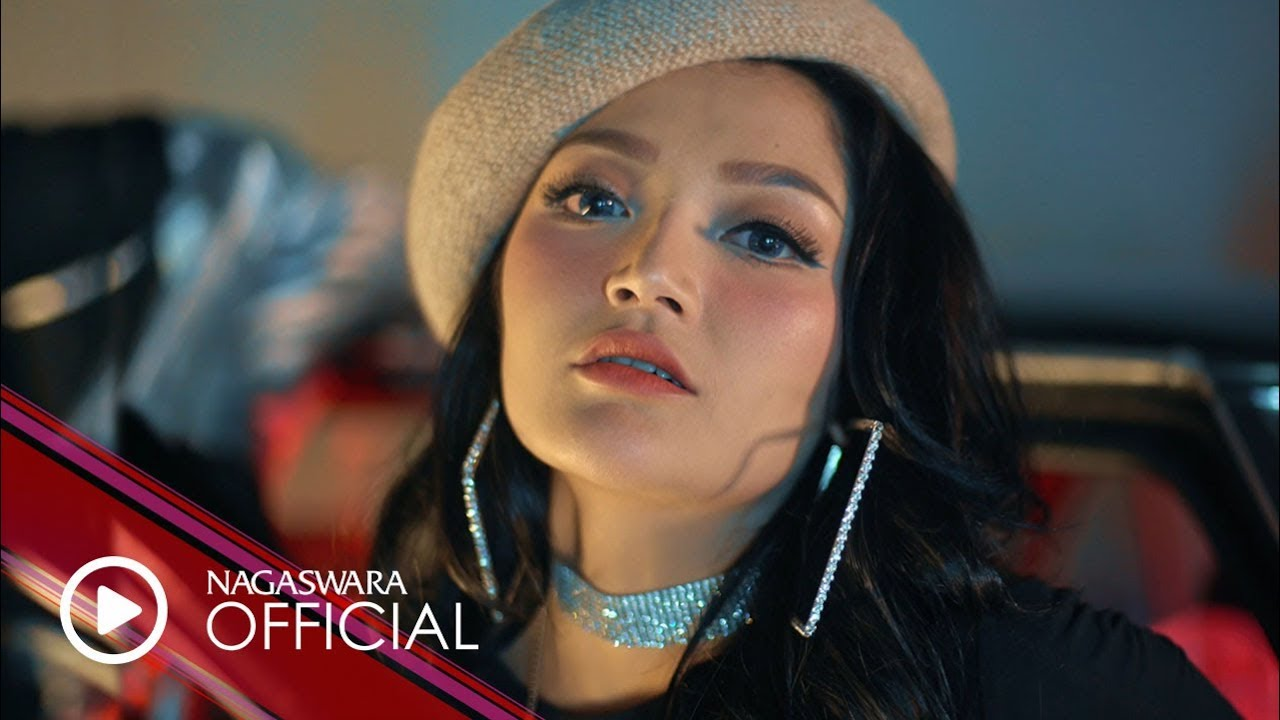 Download Siti Badriah - Sandiwaramu Luar Biasa (feat. RPH & Donall) MP3 Gratis