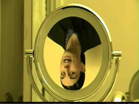 !!APPEAR UPSIDE DOWN IN A MIRROR AND RIGHTSIDE UP IN A SPOON!! (CONCAVE AND CONVEX MIRRORS) SCIENCE