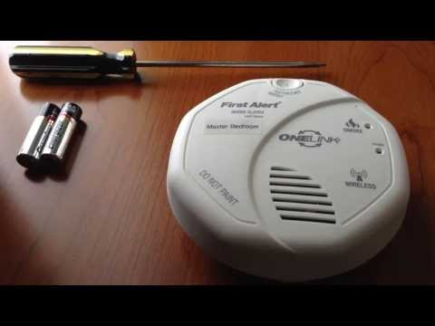 How to change the battery on a First Alert ONELINK smoke alarm