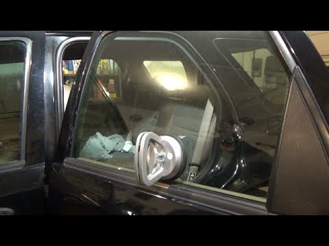 Rear power window motor replacement - glass stuck up (2001-2007 Ford Escape)