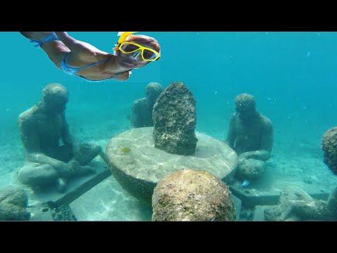 Snorkeling in Cancun Hotel Zone - Cancun Underwater Museum (MUSA)