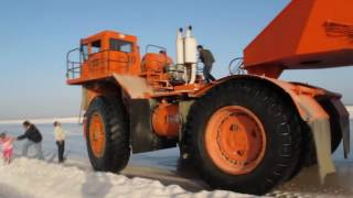 Primitive Technology vs World Modern Agriculture Salt Extraction Mega Machines Mining Equipment