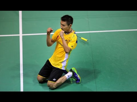 Lee Chong Wei broken his racket strings but managed to win the point