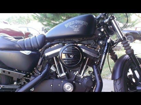 2017 Harley Davidson Iron 883....Quick Ride & Oil Change Tips