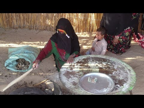How Bedouins making pancakes (Egypt)