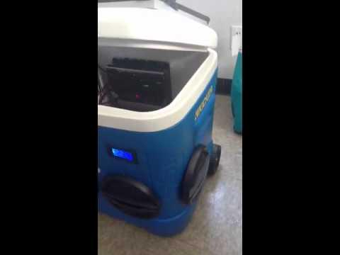 My solar powered cooler radio