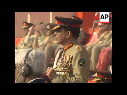 WRAP AP pix of Musharraf stepping down as army chief