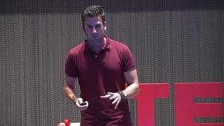 Atreverse, asociaciones y....drones | Álvaro Escanciano | TEDxYouth@Gijón