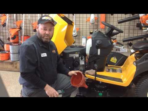 How to change oil on your lawn tractor