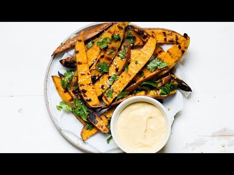 Sesame Garlic Grilled Sweet Potato Fries with Yogurt Curry Dip