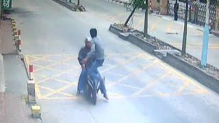 Trucker kicks thief off speeding motorbike to retrieve stolen phone