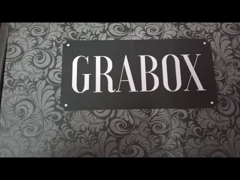 grab box June 2018/unboxing/10pic of jewelry  pieces