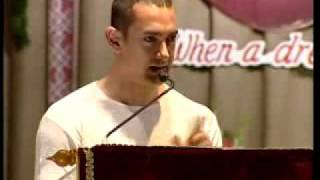 Aamir Khan crying at award ceremony! Part 2
